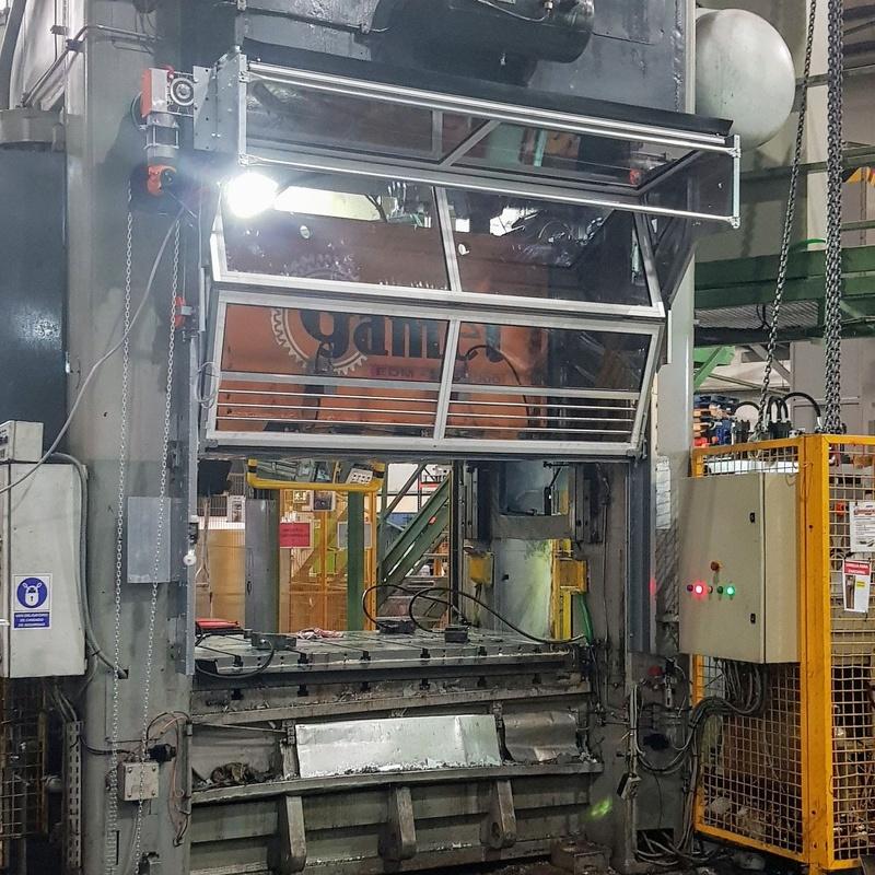Puertas abatibles COMPACT: Productos de Veinser Automatismos