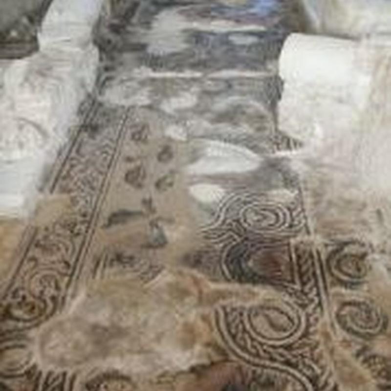 Pasillo oriental del Peristilo: Turismo arqueológico de Villa Romana de Salar