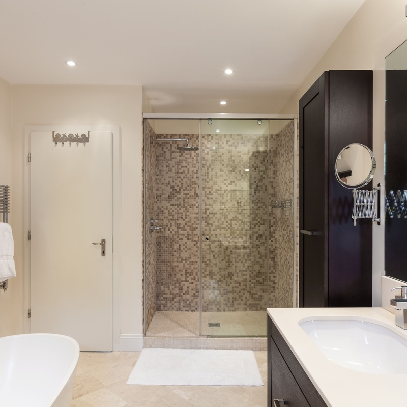 Cambio de bañera por plato de ducha: Servicios de SerHogar
