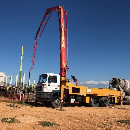 Máquina de bombeo de hormigón en Mallorca