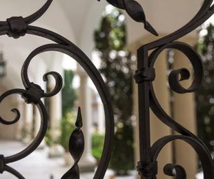 Los beneficios de poner rejas de forja en tu ventana