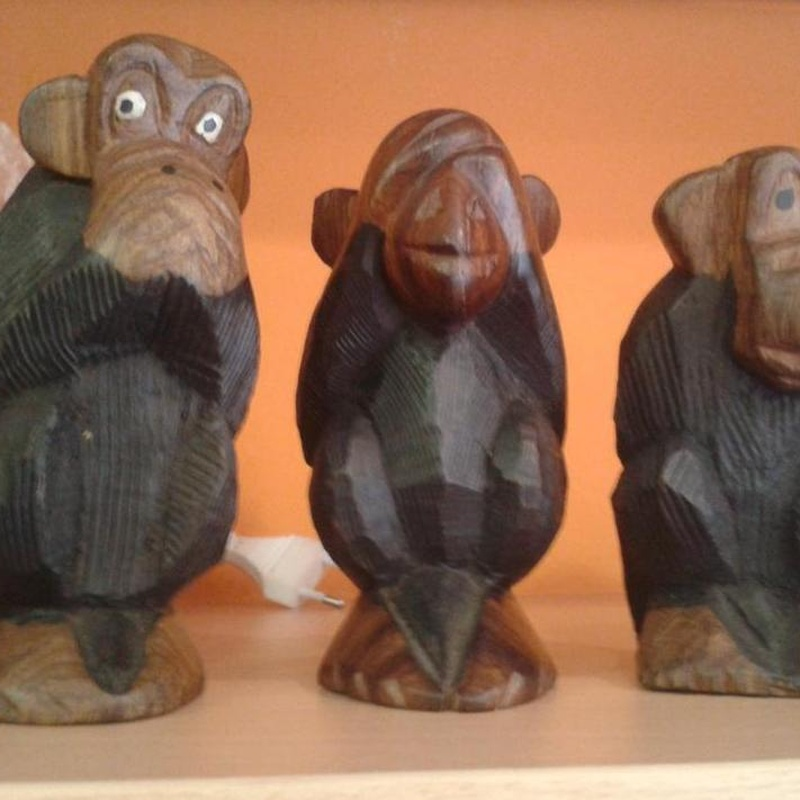 Los tres monos sabios: Cursos y productos de Racó Esoteric Font de mi Salut
