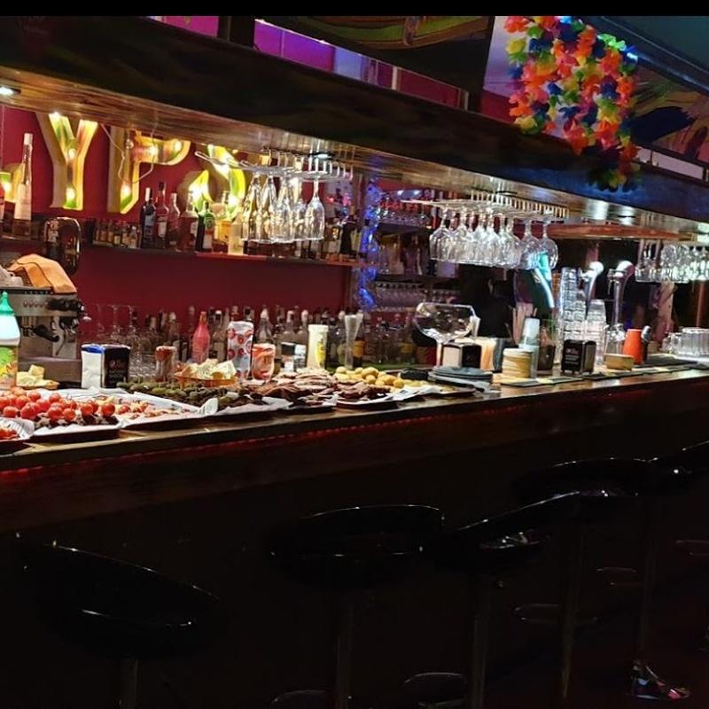 English Menu: Eventos y menús de Calypso Cocktail & Grill