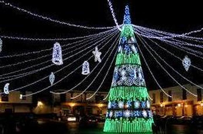 ¡Recorrido especial para ver la iluminación de Navidad de Gijón