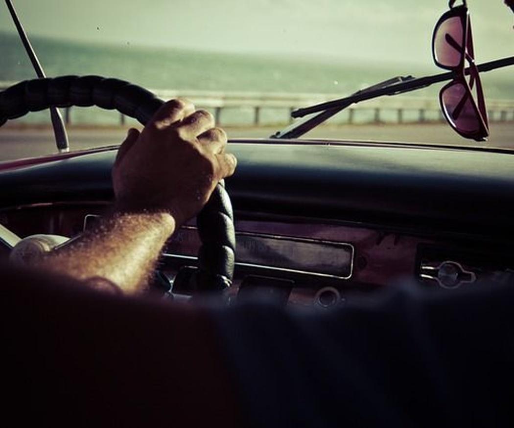 Los peligros de conducir con altas temperaturas