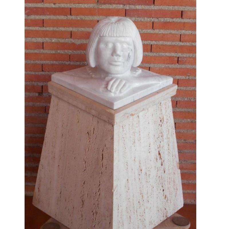 Lágrimas negras: Esculturas de Antonia Dávalos