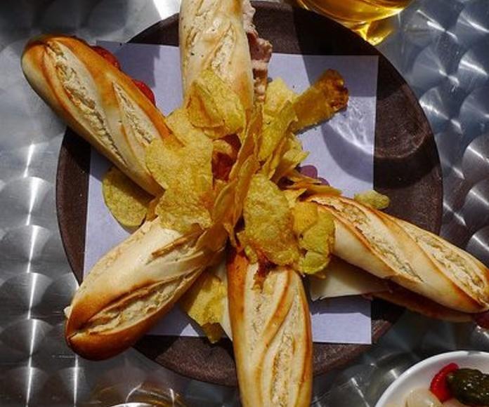 Variedad: tapas mediterraneas de Restaurante Llevant