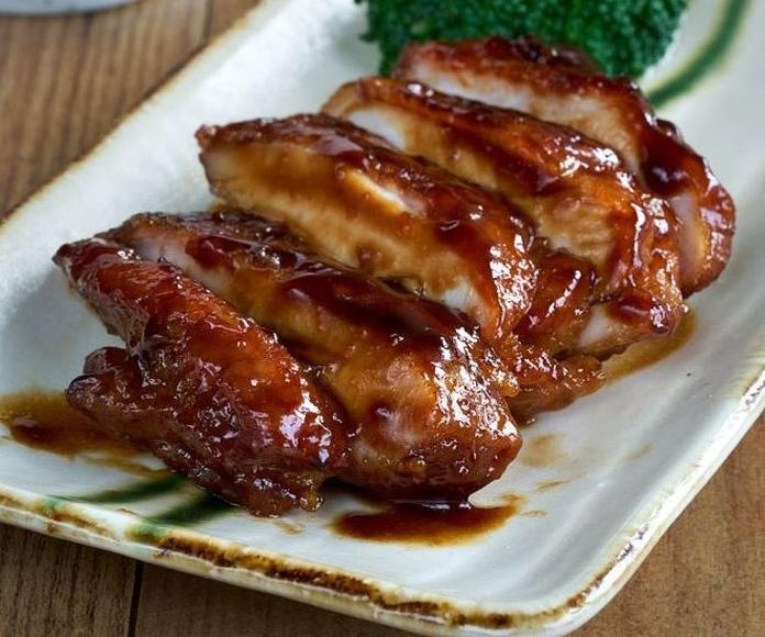 Pollo con teriyaki: Carta de DANI LIU