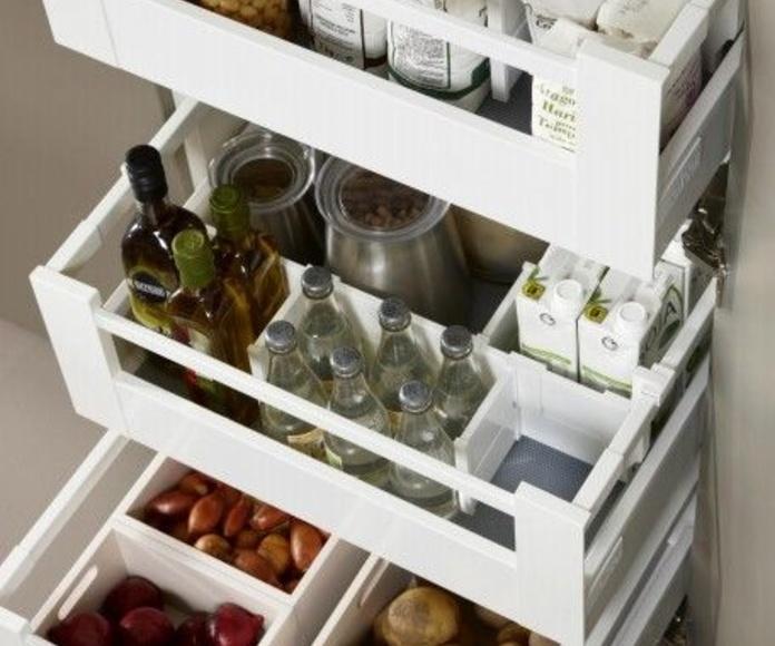 Serie 45: Catálogo de Estudio de cocinas y baños Jana