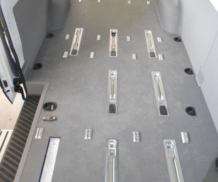 Plataforma Ricon, modelo Klearvue instalada en Volkswagen Crafter (3)