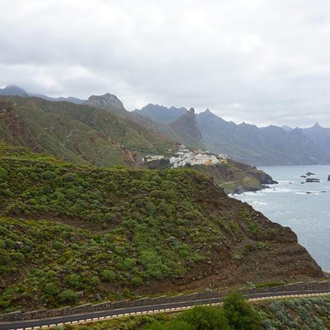 Tenerife, un mundo de contrastes entre el mar, la playa y la montaña