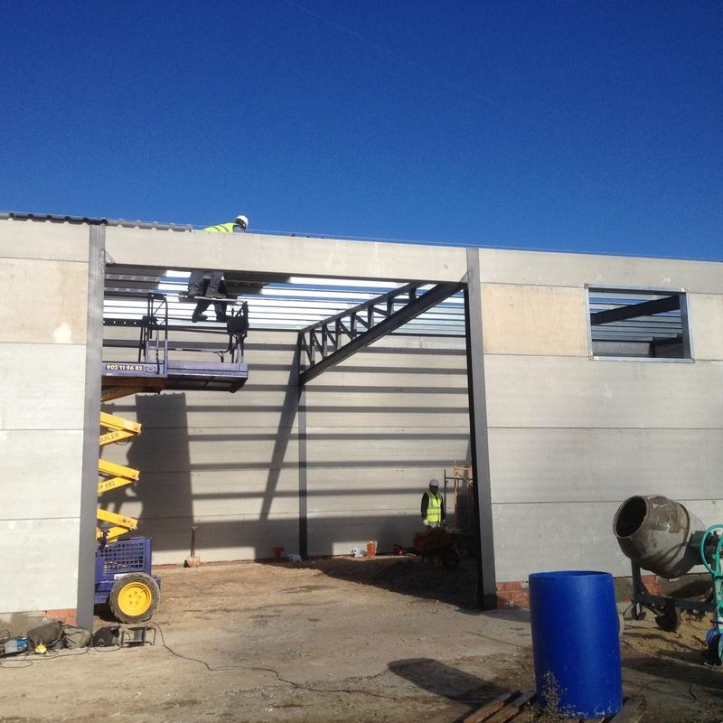 Estructuras metálicas: Productos y servicios de Cerrajería Titulcia