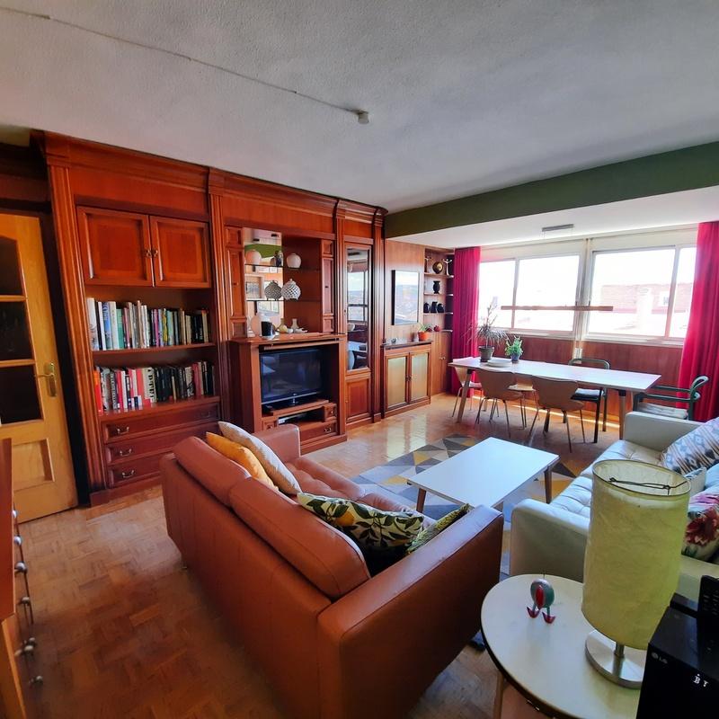 Piso en Antonio López. Estupendo piso de 90 m² junto a Madrid Río, 10º piso:  de Vicente Palau Jiménez - Agente Inmobiliario