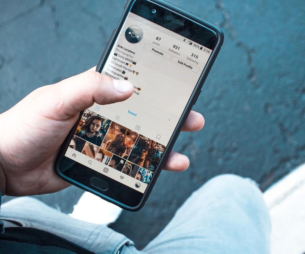 Redes sociales en el más allá