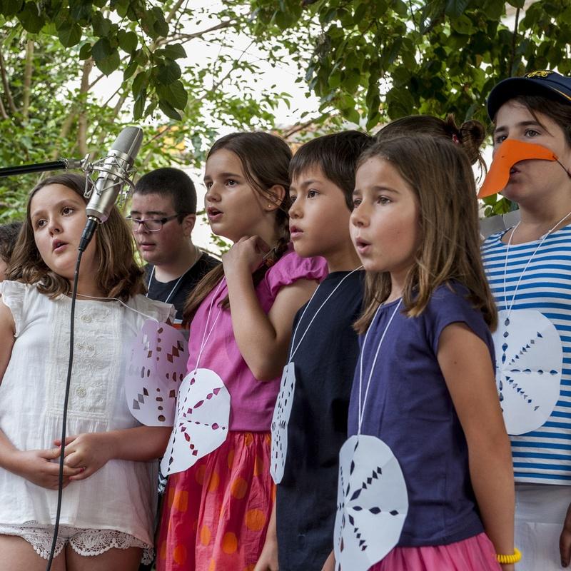 Curs Experimentar infants de 5 a 7 anys: Escuela de música i Expresión  de  Can Canturri