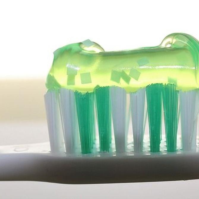 Limpieza dental: el cepillado no es suficiente
