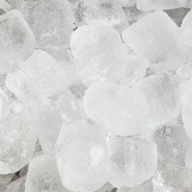 Los cubitos de hielo, claves en coctelería
