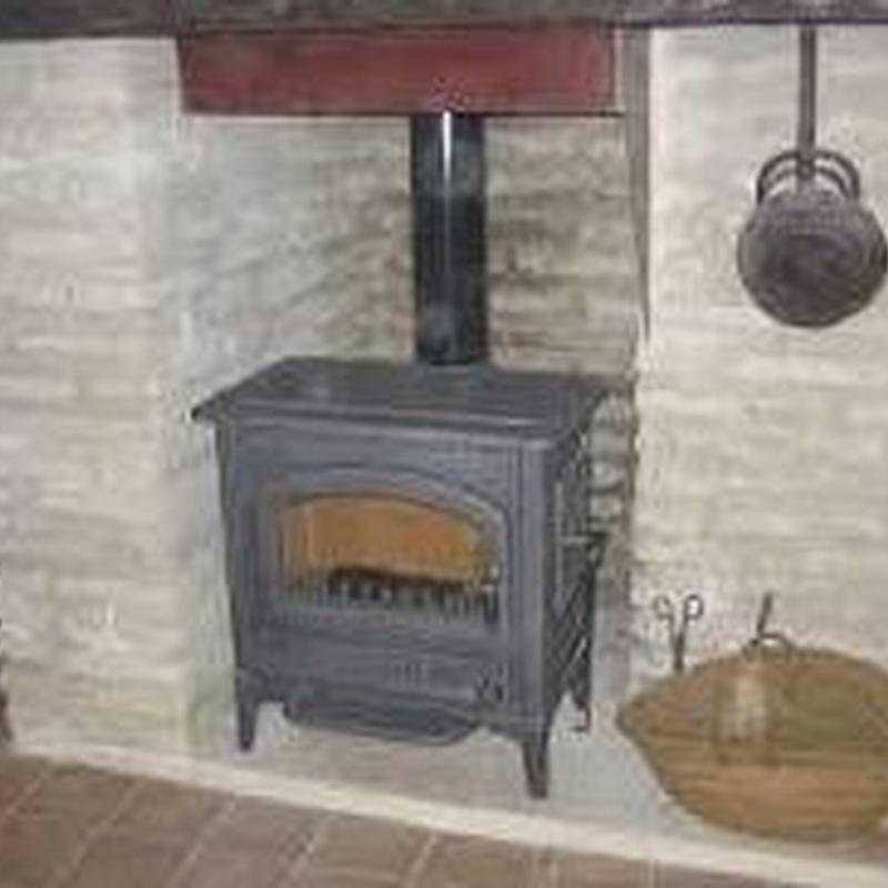 Tipos de chimeneas y estufas: Productos y servicios de Chimeneas Hergar