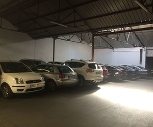 Parking coches, motos y furgones Cuatro Caminos