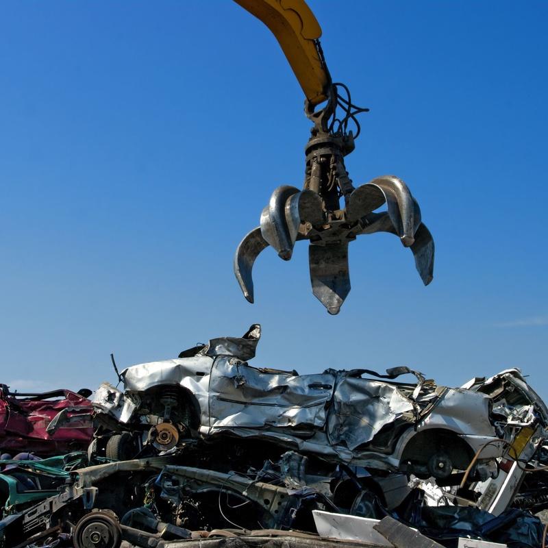 Desguace de coches: Productos y servicios de Desguace Lorente Yecla
