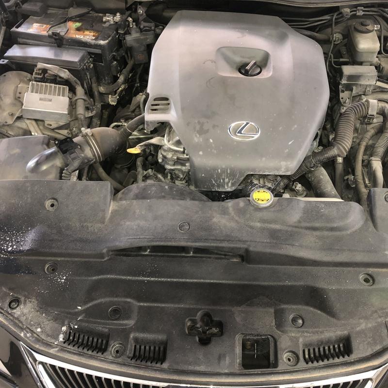 Limpieza de motor: Servicios de Car Wash Alcorcón 1