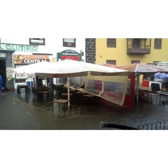 Inundación: Servicios de Mantenimiento y Limpiezas Ortiz, S.L.