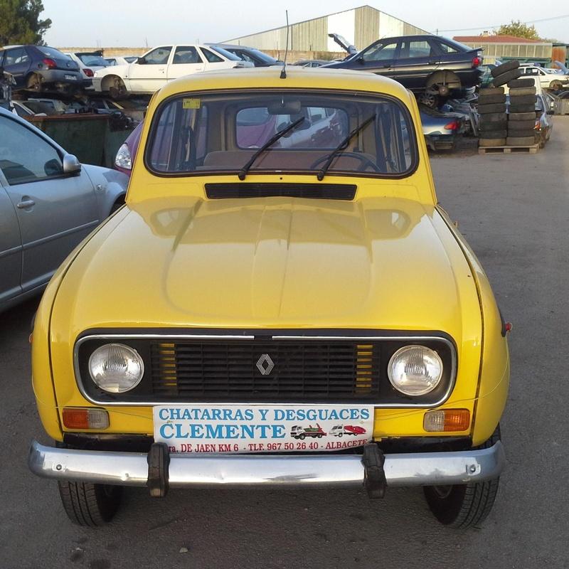 Renault 4 L para venta de piezas en desguaces Clemente de Albacete
