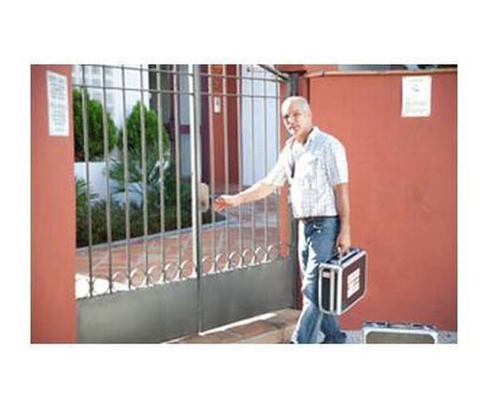 Cambio y reparación de cerraduras: Servicios de Cerrajero Locksmith Marbella