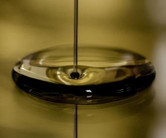 Empresa especializada en reciclaje de aceites industriales http://www.rtoilreciclado.es/es/