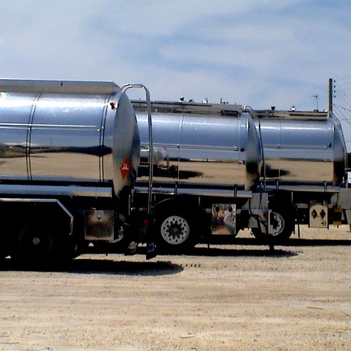 Cisternas preparadas para descargas de melaza