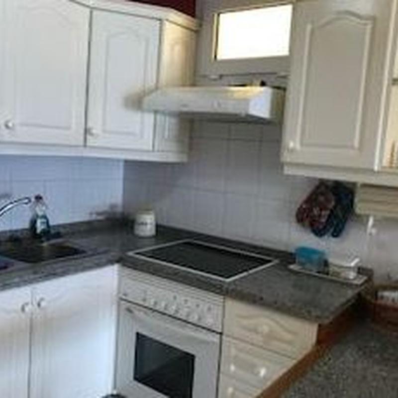 Piso de 2 dormitorios en Edificio Ceyla, Los Cristianos : Compra y venta de inmuebles de Tenerife Investment Properties