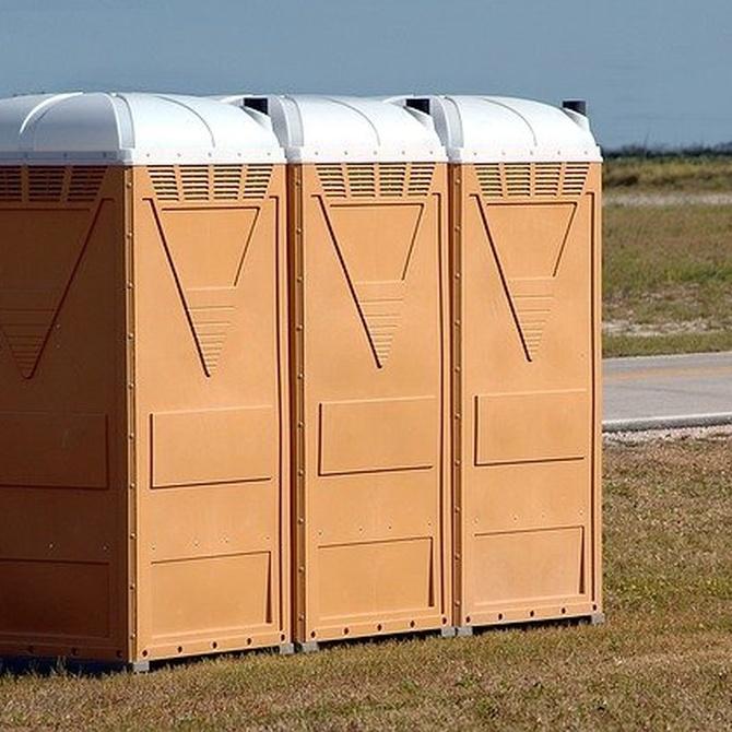 Facilidades al alquilar baños portátiles para eventos