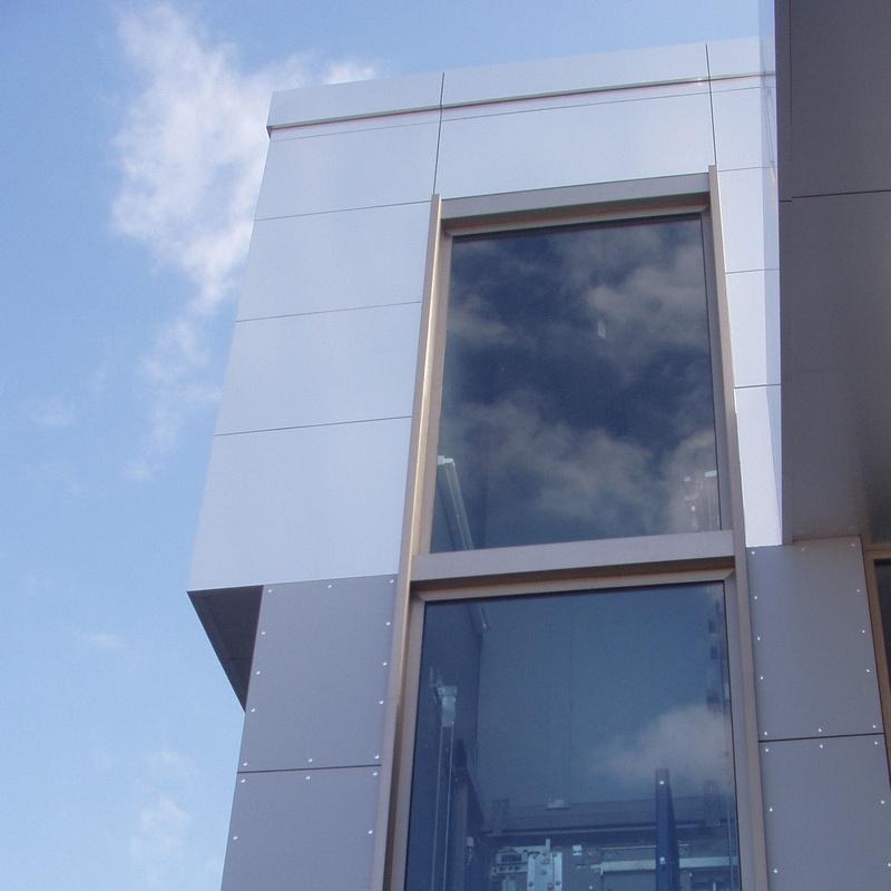 Abatible: Catálogo de Carpintería de Aluminio y PVC Alcaman