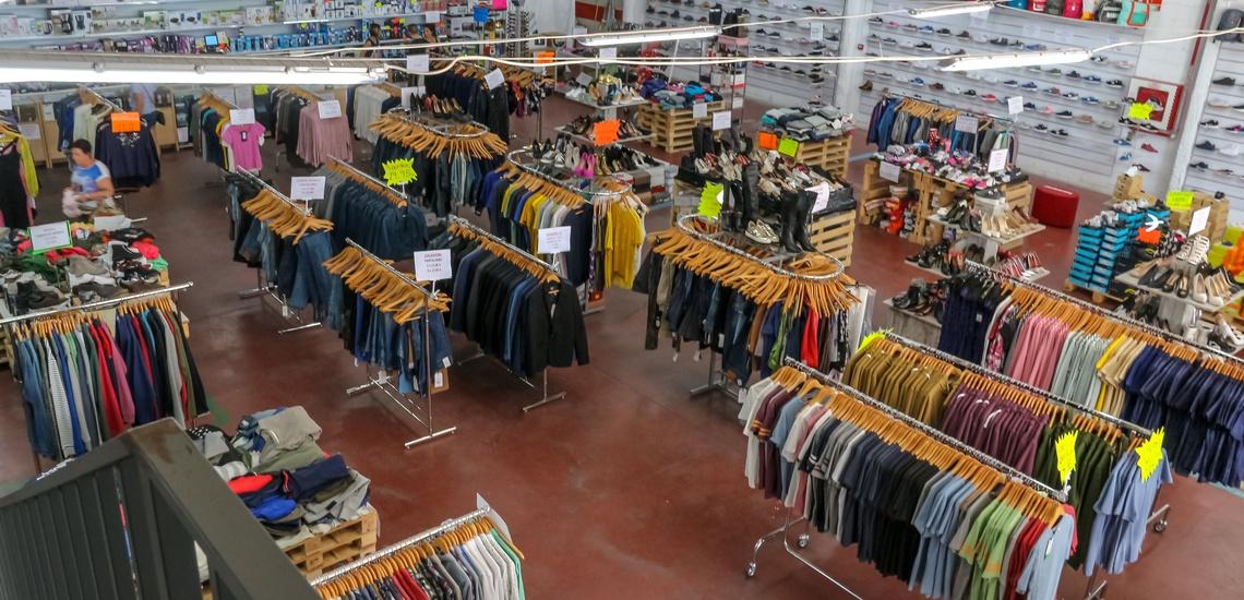 Tiendas de complementos con gran variedad de productos en Torrejón de Ardoz