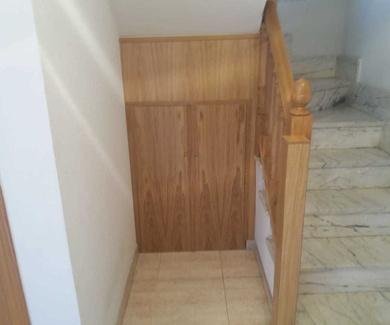Armario hueco de escalera