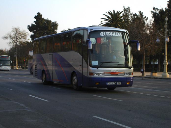 SERVICIO DISCRECIONAL: PRODUCTOS Y SERVICIOS de Autocares Navarro y Quesada, S.L.