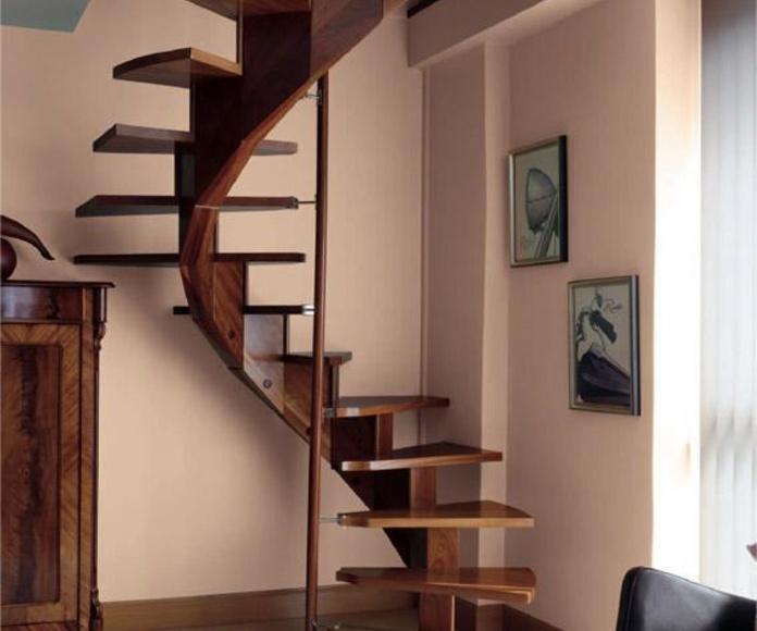 Escaleras en Caracol: Trabajos en madera de Carpintería San Andrés
