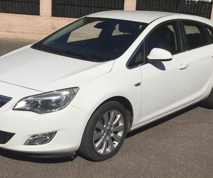 Opel Astra 1.7 CDTI 110 cv Selective: Todo nuestro stock de M&C Cars
