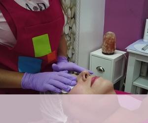Top Facial  Therapy - Con la Técnica Microneedling.