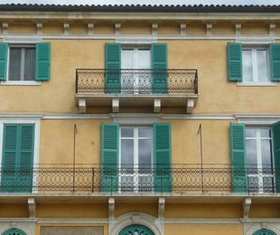 Algunos motivos para cerrar los balcones