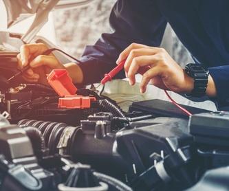 Mantenimiento de motos: Servicios de Neumáticos Mora