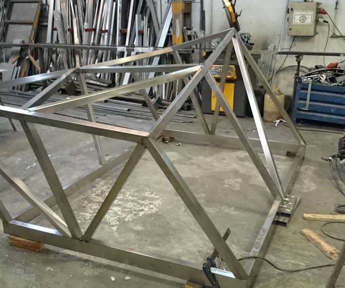 Proceso de fabricación de montera de acero inoxidable