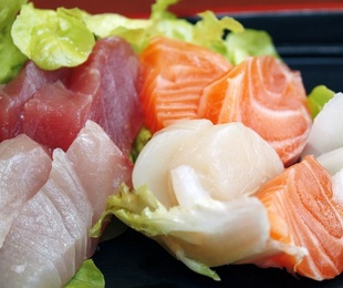 Sashimi (8 cortes)