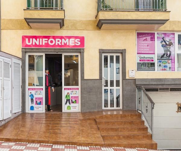 Uniformes de hostelería en Adeje | Uniformes de Hostelería y Más...