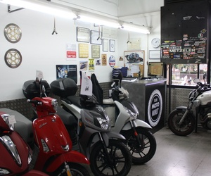 Reparación de motos Les Corts Barcelona