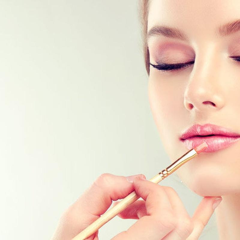 Maquillaje: Servicios de Peluquería Cristina