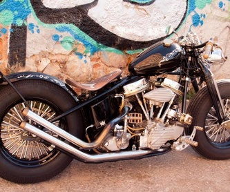 Personalisation of Custom and Classic Motor Cycles: Catalogue de Break Skull Choppers