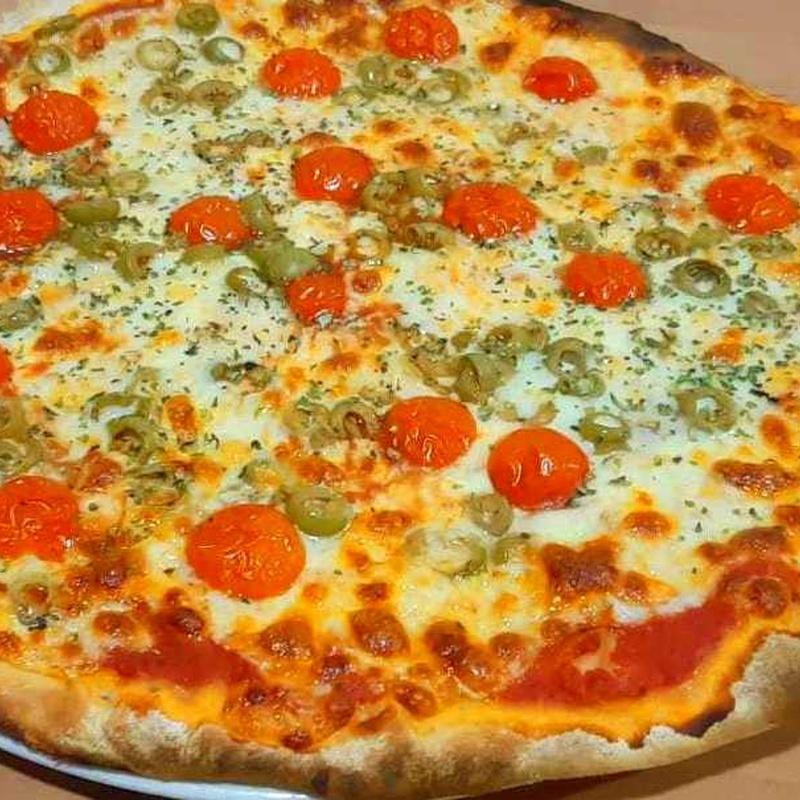 PIZZA PROVOLONE : Nuestras Pizzas de Pizzería Las Tres B