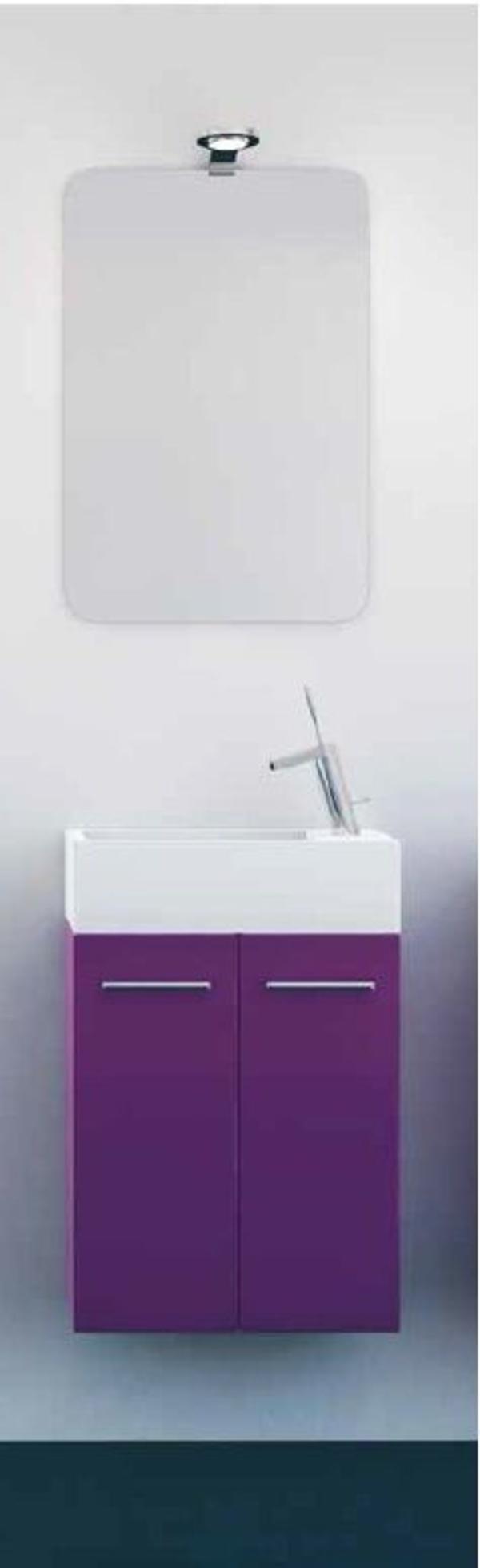 Mueble Pícola C25 de 2 puertas, laca violeta y tirador asa recta