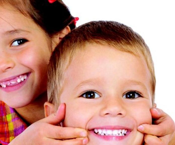 Odontopediatría: Tratamientos de Ipsum Centro Odontológico